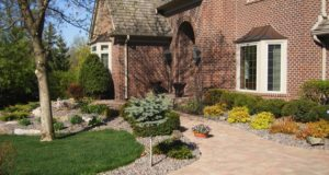Cobblestone Brick Sidewalk and Plantings in Minnetonka, MN