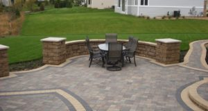Free Standing Block Sitting Wall with Pillars in Rosemount, MN