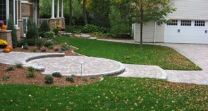 Side perspective of front paver entry